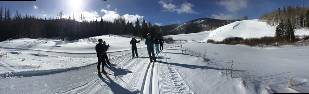 2-day-offsite-work-retreat-work-and-ski-each-day