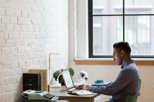 communicate-with-remote-workers