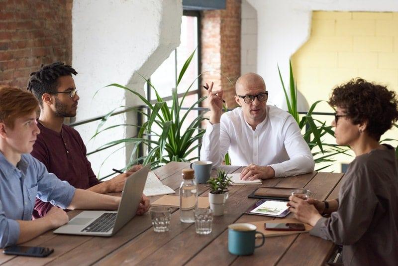 knowledge-transfer-meetings